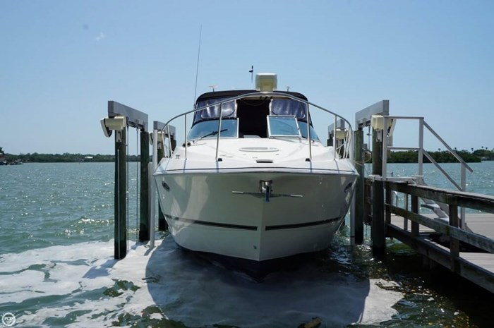 2003 Cruisers Yachts 3772 Express Photo 19 sur 20