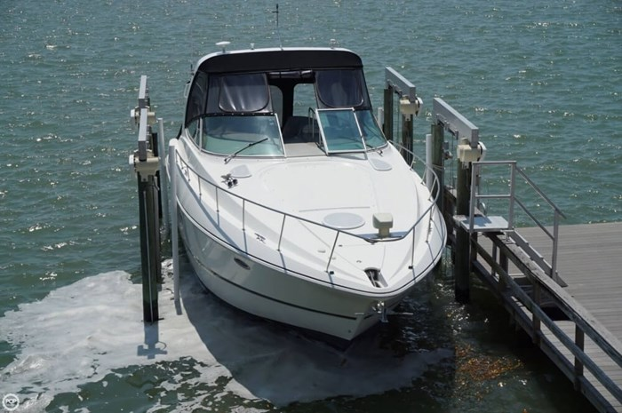 2003 Cruisers Yachts 3772 Express Photo 2 sur 20