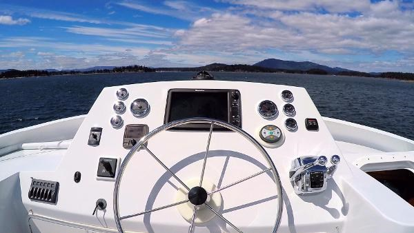 2014 Whitacre Yacht Designs Pilothouse Photo 15 sur 30