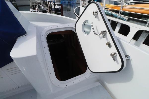 2014 Whitacre 68 Offshore Adventure Pleasure Yacht Coast Guard Cutter Photo 26 sur 44