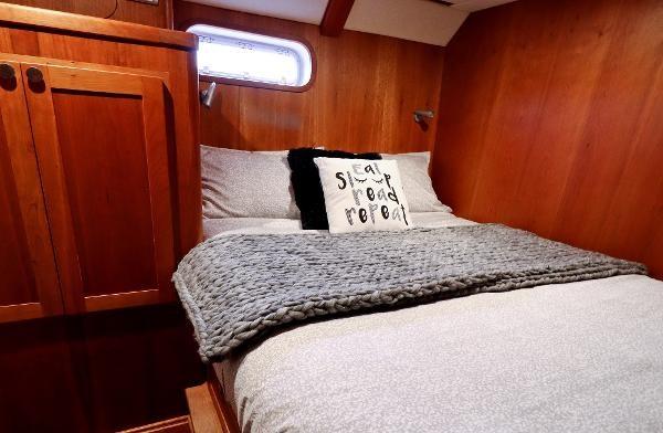 2014 Whitacre 68 Offshore Adventure Pleasure Yacht Coast Guard Cutter Photo 14 sur 44