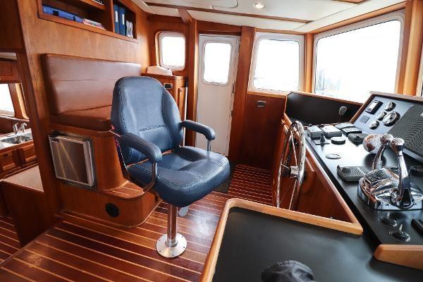 2014 Whitacre 68 Offshore Adventure Pleasure Yacht Coast Guard Cutter Photo 20 sur 44