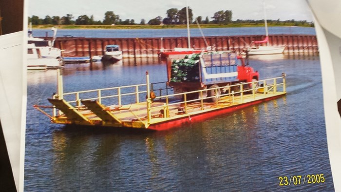 1965 (50 x 19 x 2.59) Barge Photo 3 of 3