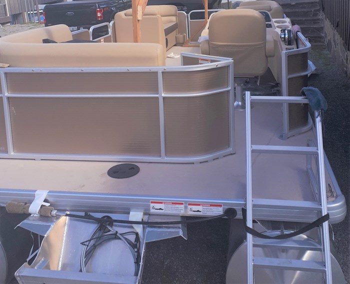 2019 Godfrey Sweetwater Pontoon&Mercury Motor (Package) 2186 Cruise C4H (Handicap) - Metallic Bronze Photo 6 of 9