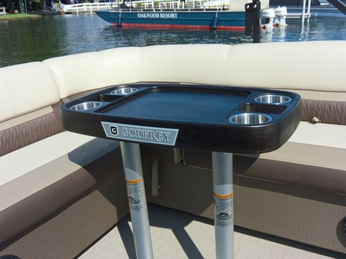 2019 Godfrey Sweetwater 2286 Cruise - Metallic Navy w/Navy & Vapor Blue Photo 16 of 24