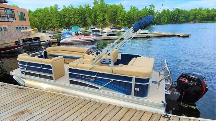 2019 Godfrey Sweetwater Pontoon&Mercury Motor (Package) 2286 Cruise - Metallic Navy w/Navy & Vapor Blue Photo 1 of 34