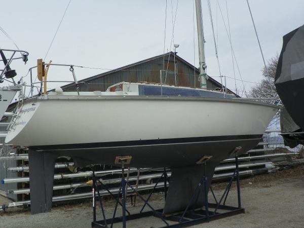 1975 Dufour Yachts 31 Photo 2 sur 21