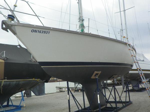 1975 Dufour Yachts 31 Photo 4 sur 21