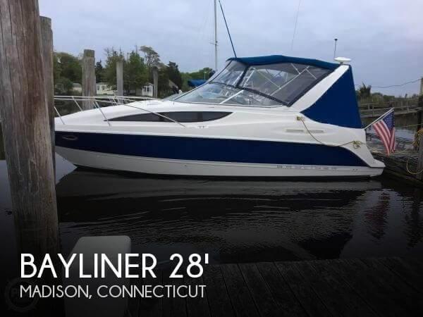 Bayliner 2865 Ciera Express Cruiser 2005 Used Boat For Sale In Madison Connecticut Boatdealersca