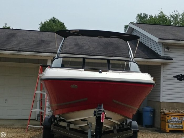 2016 Bayliner VR 6 Photo 5 sur 20