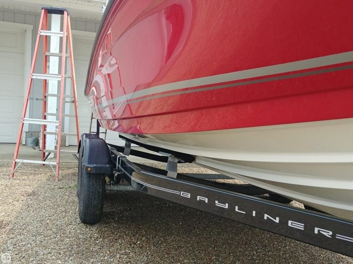 2016 Bayliner VR 6 Photo 12 sur 20