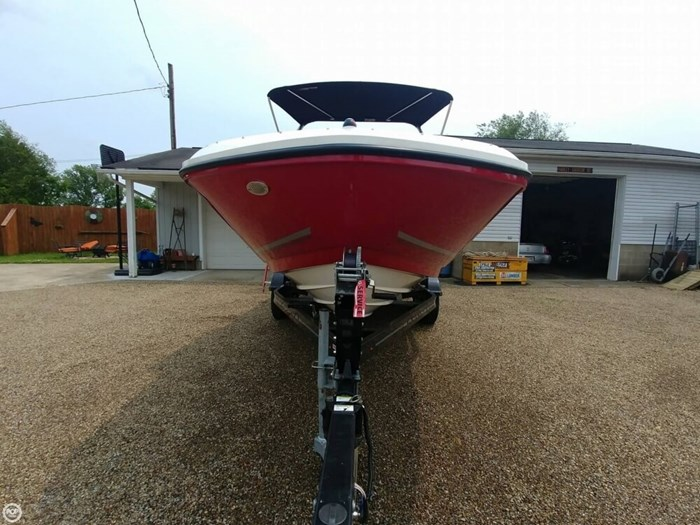 2016 Bayliner VR 6 Photo 11 sur 20