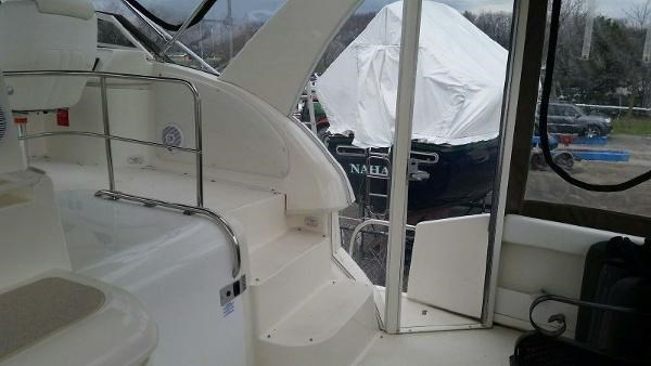 2003 Cruisers Yachts 3750 Motoryacht Photo 6 sur 22