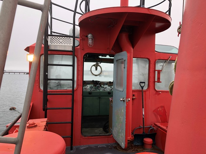 1978 1978 76′ x 21′ x 8.5′ Fire Class Tug w/ Tractor Capabilities Photo 5 of 10