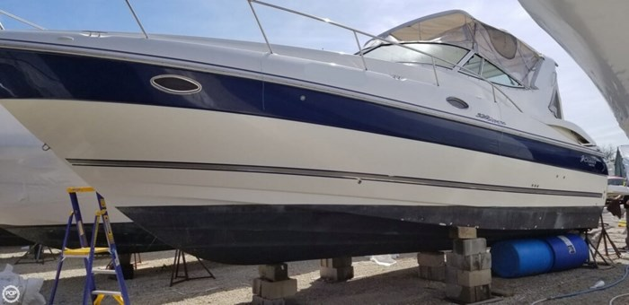 2005 Cruisers Yachts 320 Express Photo 10 sur 20