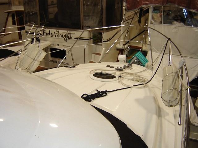 2005 Meridian 368 MOTOR YACHT Photo 6 of 51