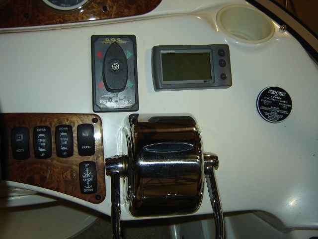 2005 Meridian 368 MOTOR YACHT Photo 11 of 51