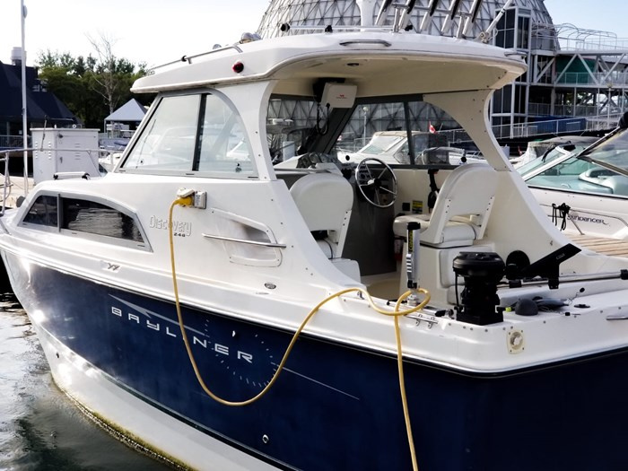 2007 Bayliner 246 Discovery Photo 6 sur 18