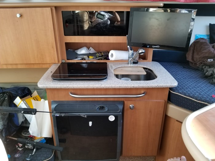 2007 Bayliner 246 Discovery Photo 12 sur 18