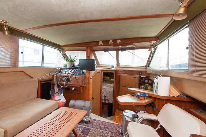 1982 Sea Ray Aft Cabin 355 Photo 7 of 12