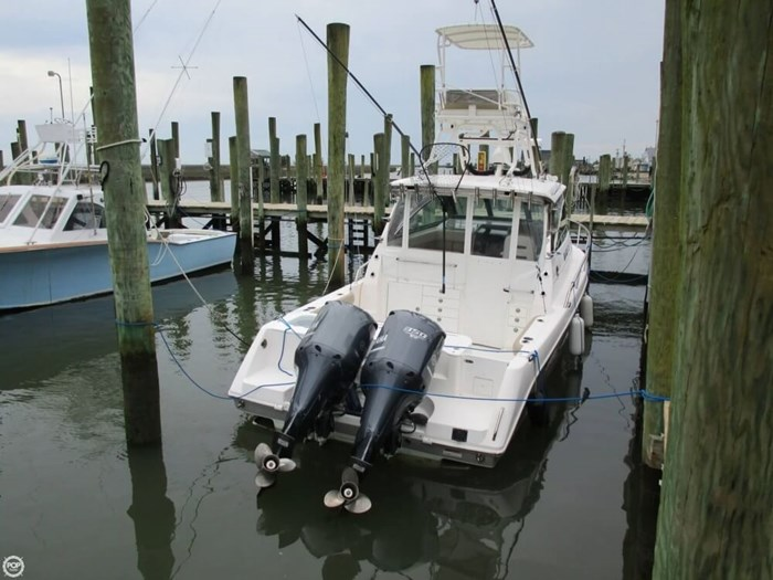 2011 Everglades 320 EX Photo 16 sur 20