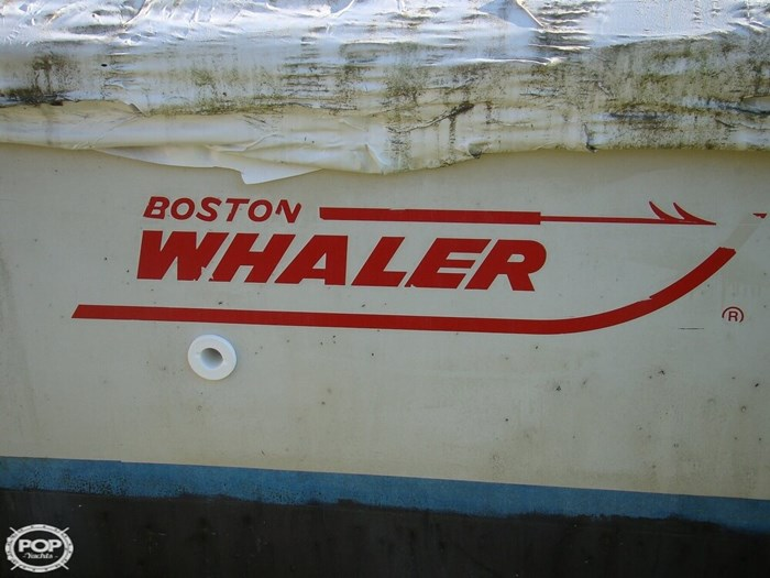 1988 Boston Whaler 22 Revenge WT Photo 4 of 20