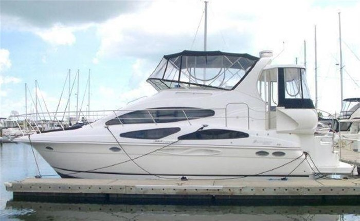 2006 Cruisers Yachts Photo 25 sur 25