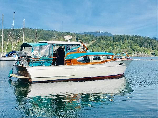 1956 Chris-Craft Constellation Photo 2 sur 33