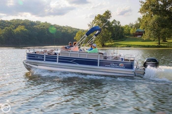 2016 Sun Tracker 22 DLX Fishin Barge Photo 21 sur 21