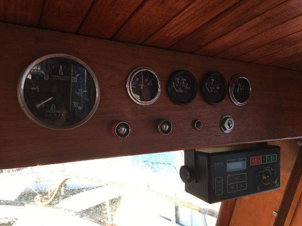 1980 Grand Grand Mariner 40 Tri-Cabin Photo 13 of 29