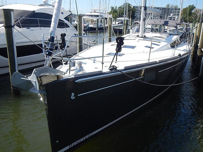 2015 Beneteau Sense 55 Photo 3 of 30