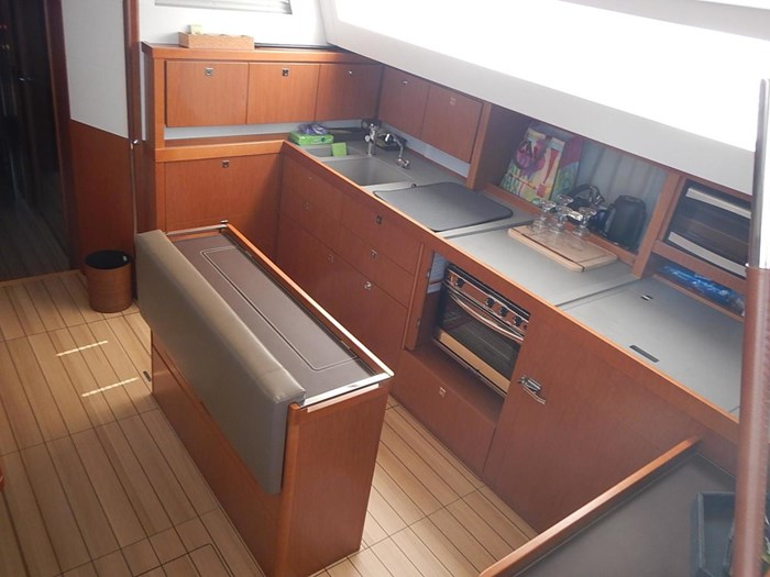 2015 Beneteau Sense 55 Photo 10 of 30