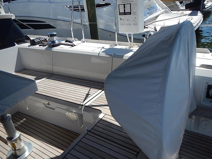 2015 Beneteau Sense 55 Photo 12 of 30