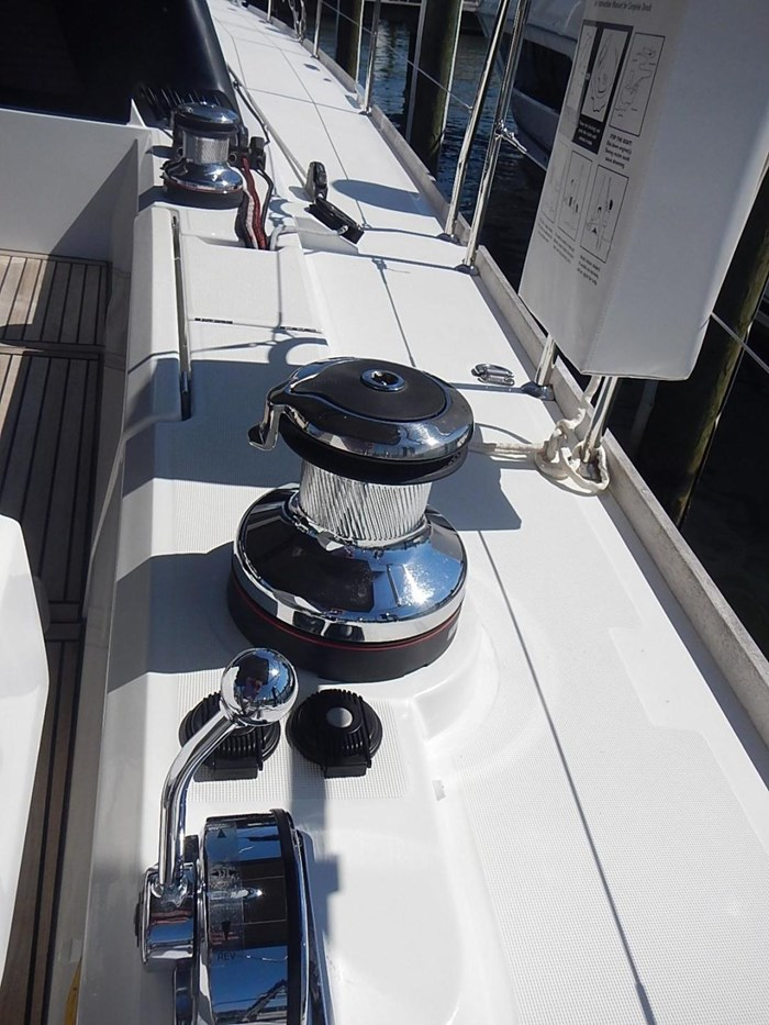 2015 Beneteau Sense 55 Photo 13 of 30