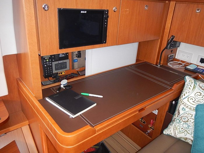 2015 Beneteau Sense 55 Photo 23 of 30