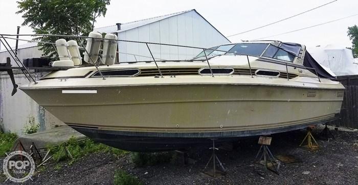 1980 Sea Ray SRV 360 Express Cruiser Photo 5 sur 20