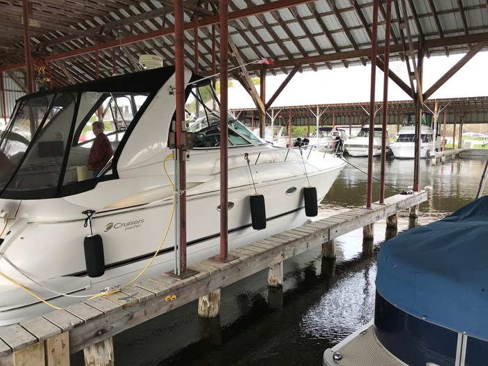 Cruisers Yachts 3672 2000 Used Boat For Sale In Orillia Ontario Boatdealers Ca