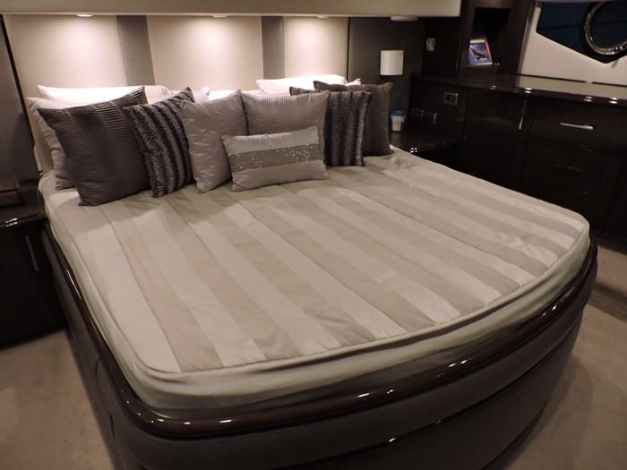 2012 Marquis 600 Tri Deck Photo 38 of 101