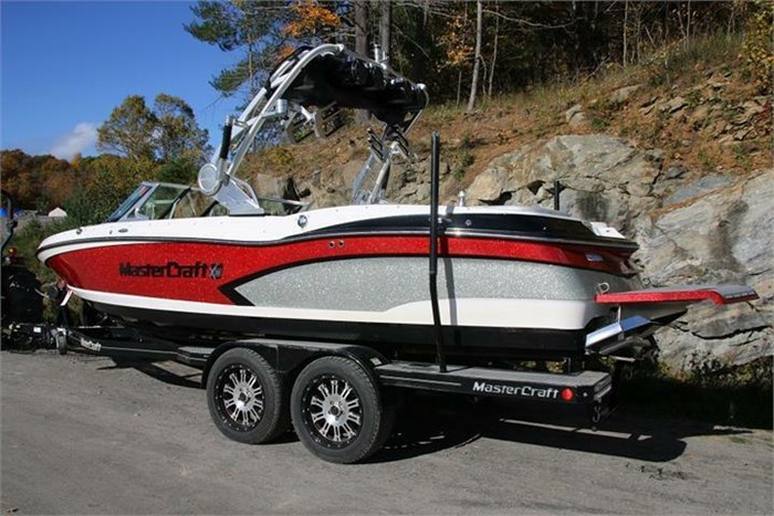 2015 Mastercraft X30 Photo 4 of 21