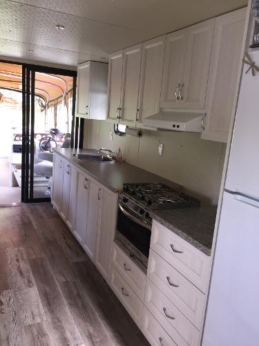 2018 Houseboat 38 Photo 8 sur 16