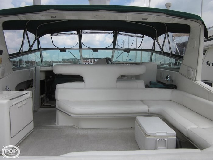 1995 Sea Ray 440 SUNDANCER Photo 17 sur 20