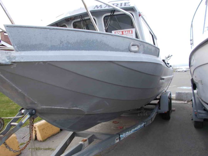 Kingfisher Sport Fisher, Passenger Boat 2009 Used Boat for Sale in  Parksville, British Columbia - BoatDealers ca