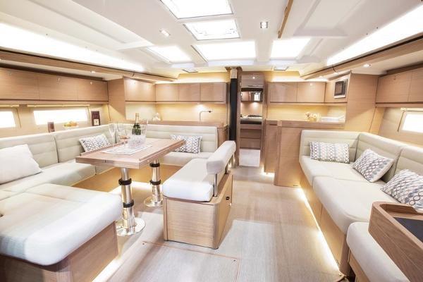 2019 Dufour Yachts 520 Grand Large Photo 7 sur 14