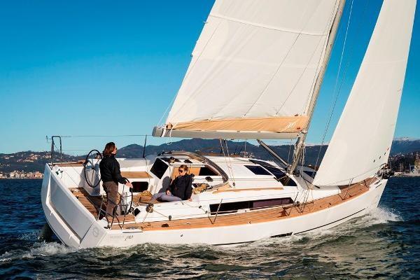 2021 Dufour Yachts 310 Grand Large Photo 6 sur 14