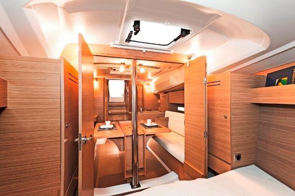 2021 Dufour Yachts 310 Grand Large Photo 12 sur 14