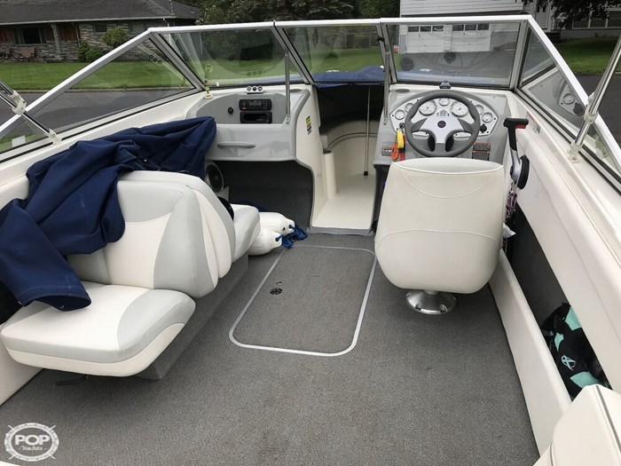 2011 Bayliner Discovery 195 Photo 3 sur 20