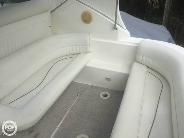 1998 Cruisers Yachts 3075 Rouge Photo 15 sur 20