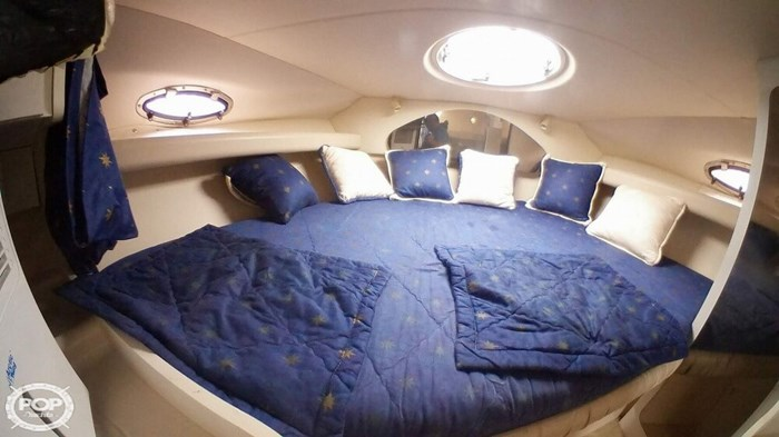 1998 Cruisers Yachts 3075 Rouge Photo 11 sur 20