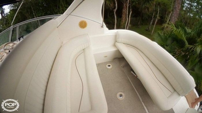 1998 Cruisers Yachts 3075 Rouge Photo 13 sur 20