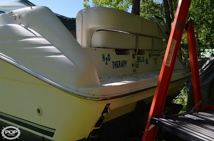Sea Ray 250 Sundancer 1997 Used Boat for Sale in Wells, Maine -  BoatDealers ca